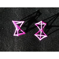 Earrings of Changing Geometry
